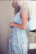 Load image into Gallery viewer, V-Neck Sleeveless Blue Tulle Appliques Affordable Long A-line Sleeveless Prom Dresses RS512
