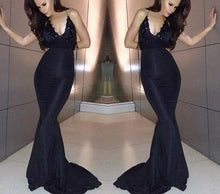 Load image into Gallery viewer, Sexy black long prom dress slim Backless Cross evening gown formal Dress RS90