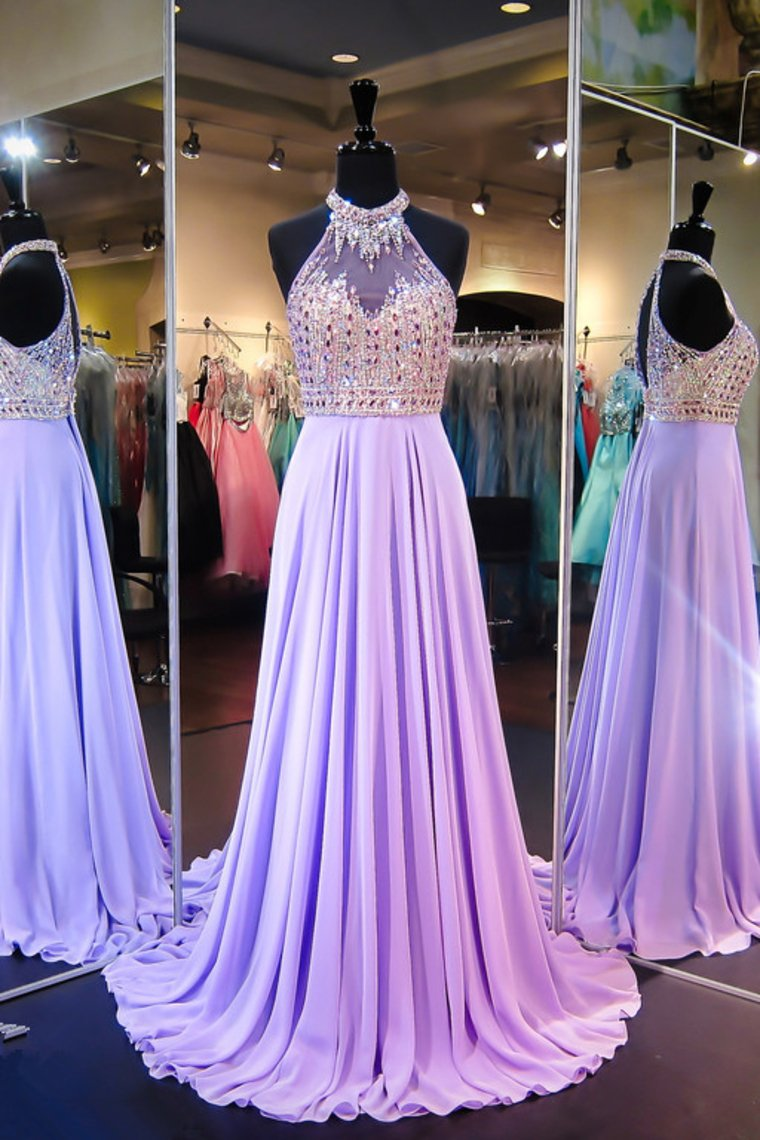 2019 Sexy Open Back Halter Prom Dresses With Beading Chiffon Sweep Train