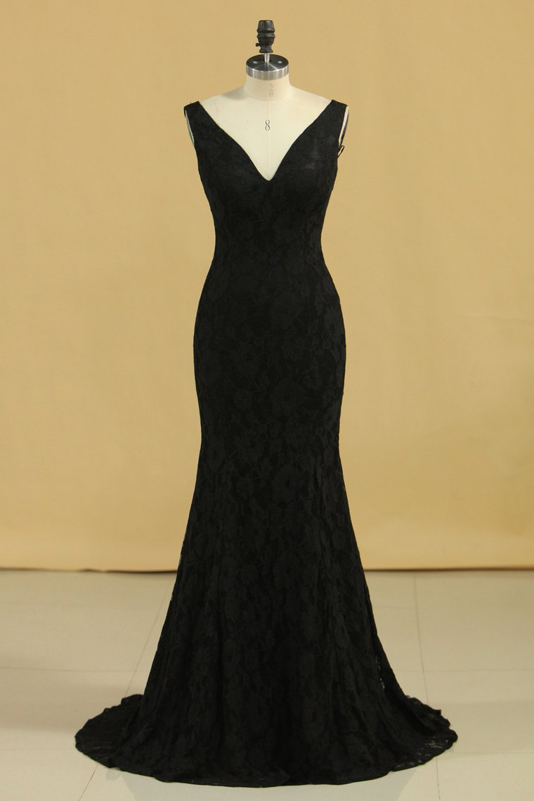 2019 Black Lace Evening Dresses V Neck Open Back Sweep Train Sheath Size 8