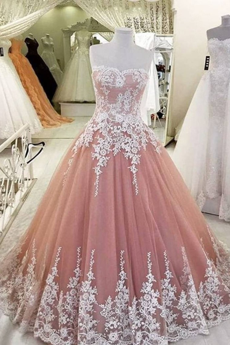 2019 Quinceanera Dresses Ball Gown Sweetheart Tulle With Applique