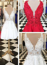 Load image into Gallery viewer, Stylish V-neck Sleeveless White Lace Short Homecoming Dress Beaded RS486