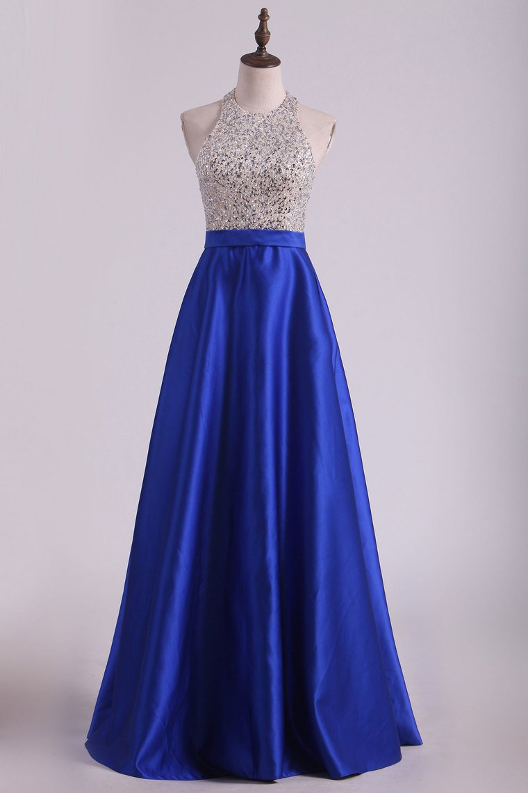 2019 Dark Royal Blue Halter Beaded Bodice Prom Dresses Satin Open Back