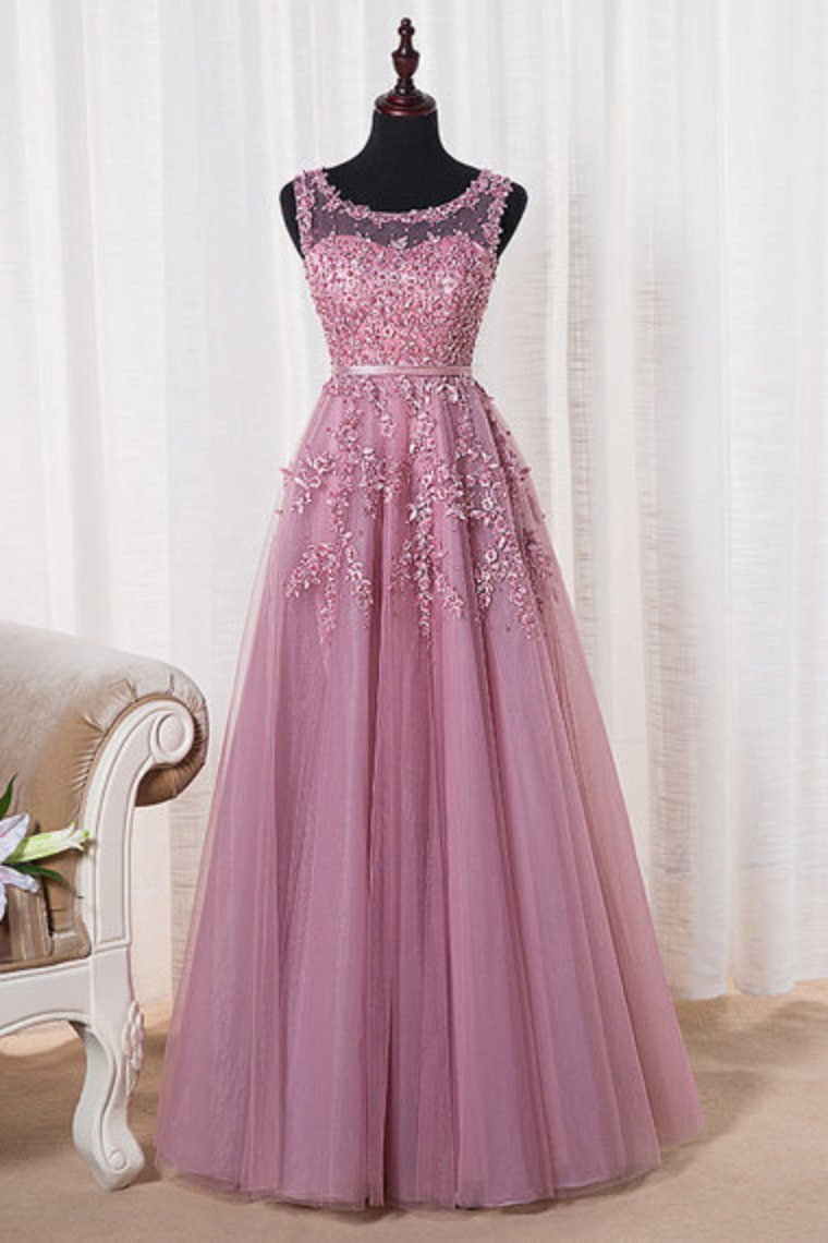 2019 Scoop A Line Prom Dresses A Line Tulle With Applique Floor Length