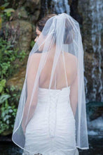 Load image into Gallery viewer, Cheap 1 Tier Fingertip Length Wedding Veil with Ribbon Trim Edge Simple Wedding Veils V02