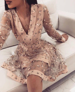 Cute Pink Long Sleeve Homecoming Dresses V Neck Above Knee Prom Dress with Flowers H1060