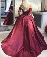 Load image into Gallery viewer, 2019 Dark Red Lace Long Sleeve Prom Dress Off-the-Shoulder Ball Gown Quinceanera Dress RS392