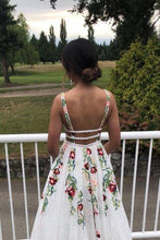 Load image into Gallery viewer, Elegant Ivory V Neck Lace Prom Dresses Backless Pockets Wedding Dresses with Flowers P1046