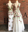 Fashion A Line Deep V Neck Backless Ivory Lace Prom Dress with Appliques RS567