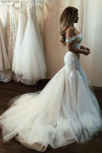 Load image into Gallery viewer, Off the Shoulder Mermaid Tulle Wedding Dresses Lace Appliques Bridal Gown RS448