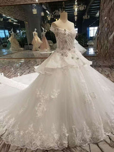 2019 New Arrvival Marvelous Tulle Wedding Dresses Lace Up With Appliques And Rhinestones