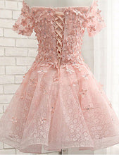 Load image into Gallery viewer, Pearl Pink Off the Shoulder Short Sleeves Lace Beading Appliques Short Homecoming Dresses H1153