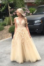 Load image into Gallery viewer, Light yellow organza applique handmade flowers V-neck long prom dresses RS799