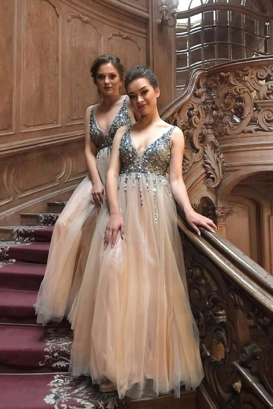 Sexy A line V Neck Tulle Prom Dresses Beading Spaghetti Straps Formal Dresses RS497