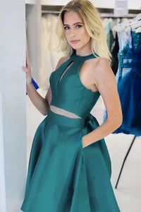 Simple A Line Open Back Dark Green Halter Short Homecoming Dress With Pockets H1278