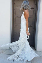Load image into Gallery viewer, Simple Halter Mermaid Lace Appliques Wedding Dress Backless Beach Bridal Gowns RS937