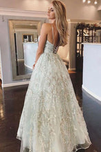 Load image into Gallery viewer, Spaghetti Straps Lace Appliques Beach Wedding Dresses with Lace up Wedding Gowns W1078