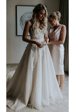 Load image into Gallery viewer, Strapless Beads Tulle Ivory Wedding Dresses V Neck Lace Appliques Beach Wedding Gowns W1043