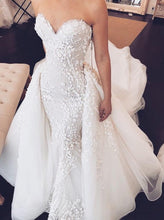 Load image into Gallery viewer, Sweetheart Mermaid Strapless Lace Appliques Wedding Dress with Detachable Train RS934