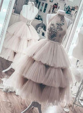 Load image into Gallery viewer, Unique Short Layered Tulle High Neck Backless Short Prom Dress Homecoming Dresses RS938