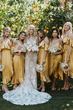 Load image into Gallery viewer, Yellow V Neck Spaghetti Straps High Low Bridesmaid Dresses Wedding Party Dresses BD1017