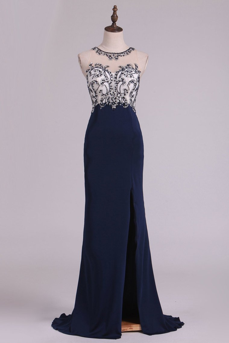2019 Sexy Open Back Prom Dresses Sheath Scoop Spandex With Beading And Slit