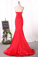 Load image into Gallery viewer, 2019 Sweetheart Evening Dresses Mermaid Satin Ruched Bodice Sweep Train