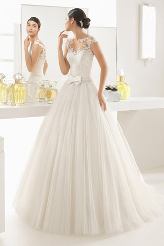 2019 New Arrival Wedding Dresses A Line Scoop Tulle With Applique Sweep Train
