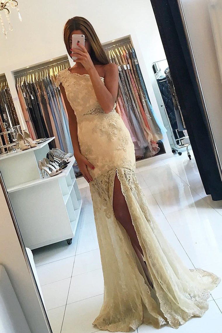2019 One Shoulder Mermaid Prom Dresses Tulle With Applique And Slit