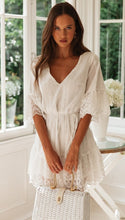 Load image into Gallery viewer, A Line Long Sleeve White Simple Lace Short Sexy Criss Cross Above Knee Homecoming Dress RS783