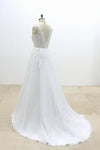 V-Cut shape Back Tulle Lace Appliques A Line Open Back Beach Wedding Dresses RS648