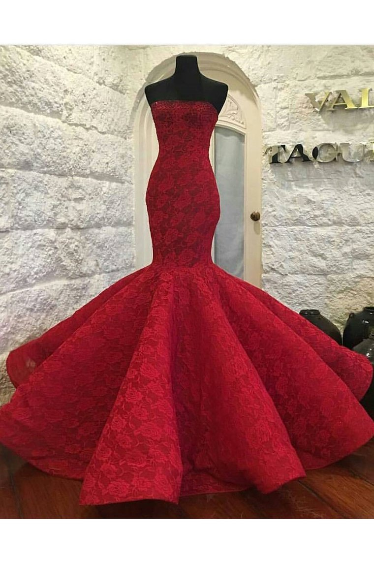 2019 Strapless Mermaid Lace Prom Dresses With Beaded Neckline