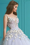 2019 Ball Gown Spaghetti Straps Quinceanera Dresses With Handmade Flowers Tulle