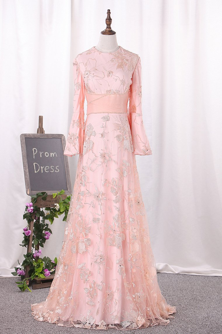 2019 Scoop Long Bell Sleeves Prom Dresses A Line Lace With Beading