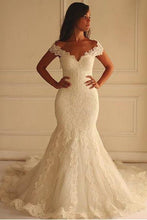 Load image into Gallery viewer, Off Shoulder Short Sleeves Mermaid Lace Wedding Dress with Appliques Bridal Dress RS750