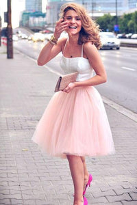 Simple Two Pieces A-line Scoop Spaghetti Straps Tulle Ruffles Short Homecoming Dresses RS942