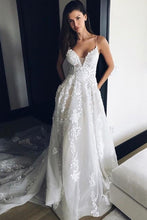Load image into Gallery viewer, Charming Spaghetti Straps Long Ivroy Lace Wedding Dresses Wedding Gowns