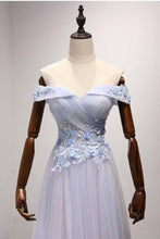 Load image into Gallery viewer, Sky Blue A-Line Off-the-Shoulder Floor-Length Tulle Prom Dresses with Appliques Lace RS955