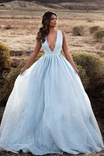 Load image into Gallery viewer, 2019 Tulle Prom Dresses A Line V Neck With Applique And Beads Sweep Train