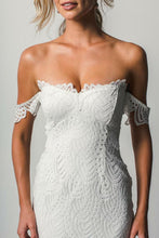 Load image into Gallery viewer, Off the Shoulder White Sweetheart Lace Sexy Mermaid Open Back Beach Wedding Dresses RS725