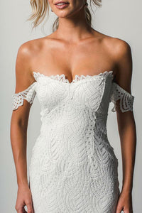Off the Shoulder White Sweetheart Lace Sexy Mermaid Open Back Beach Wedding Dresses RS725