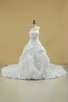 2019 New Arrival Sweetheart Wedding Dresses With Ruffles And Beads Chapel Train Taffeta