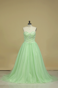 2019 New Arrival Sweetheart Prom Dresses A Line Tulle Sweep Train With Beading
