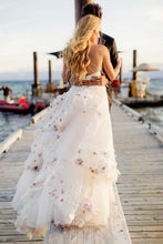 Load image into Gallery viewer, Stylish A-Line Two Piece Spaghetti Straps V-Neck Tulle Long Wedding Dresses with Flowers RS289