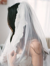 Load image into Gallery viewer, Alencon Lace Trim Long Ivory Veil for Wedding Wedding Veil RS867