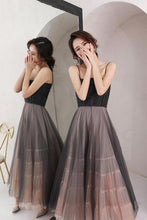 Load image into Gallery viewer, A Line Scoop Spaghetti Straps Black Tulle Prom Dresses Long Evening Dresses RS824