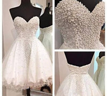 Load image into Gallery viewer, White Short Homecoming Gown Tulle Homecoming Gowns Ball Gown Sweetheart Party Dress RS915