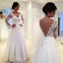 Load image into Gallery viewer, Long Sleeves White Lace Wedding Dresses V Neck Beach Wedding Dress Bridal Gowns RS243