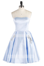 Load image into Gallery viewer, Light Sky Blue Strapless Satin Lace up Knee Length with Pockets Homecoming Dresses RS836