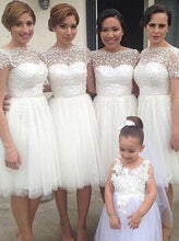 Load image into Gallery viewer, Simple A-line Bateau Knee-Length White Bridesmaid Dresses with Appliques RS480